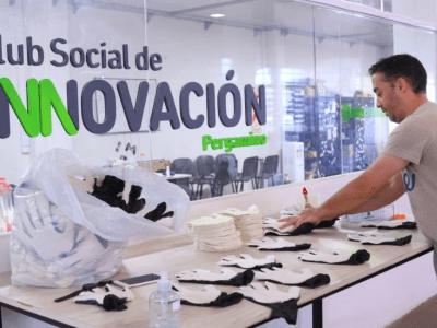 Se fabricaron más de 800 guantes que protegen y desinfectan al mismo tiempo 40