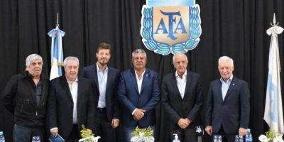 """""""Chiqui"""" Tapia seguirá siendo presidente de la AFA 8"""