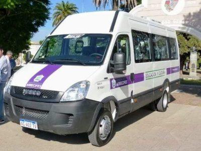 Desde hoy funciona un vehículo municipal entre Viña y Arrecifes 9