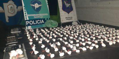Dos aprehendidos en operativo vehicular acusados de comercializar droga 9