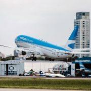 Aerolíneas Argentinas anunció más de 65 vuelos para el mes de Octubre 15