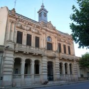 San Andrés de Giles: multas para quienes participen o realicen juntadas y también para quienes no usen barbijos 2