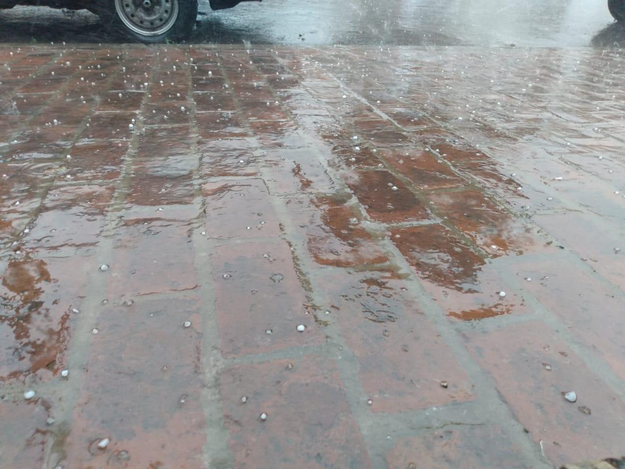 Tormenta con viento, lluvia y caída de granizo en Pergamino. Hablamos con Javier Villalba, director de Defensa Civil 1