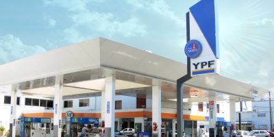 YPF aumentó un 3,5% el valor de los combustibles 9