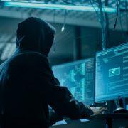 Un grupo de hackers asegura haber robado información de Migraciones 9