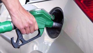 El Gobierno postergó la suba del impuesto al combustibles hasta mediados de Octubre 10