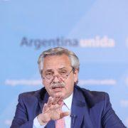 Fernández anunció limitaciones en la circulación en 18 provincias 11