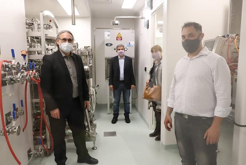 Investigadores del INTA neutralizan el coronavirus con anticuerpos derivados de llamas y huevos 1