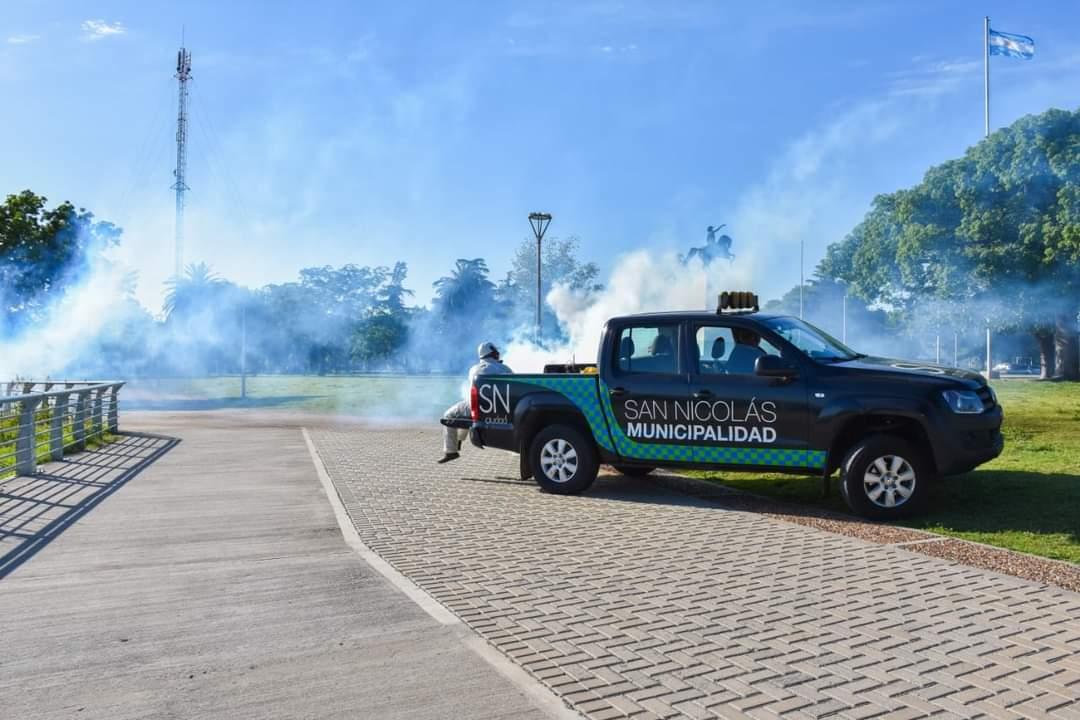 En San Nicolás fumigan espacios públicos para combatir el dengue 1