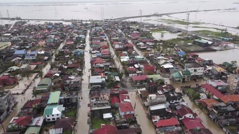 Francisco y su mensaje al pueblo filipino tras el tifón 1