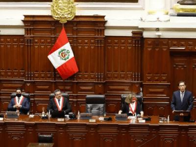 Merino asume presidencia Perú en medio de protestas, ratifica elecciones en abril 1