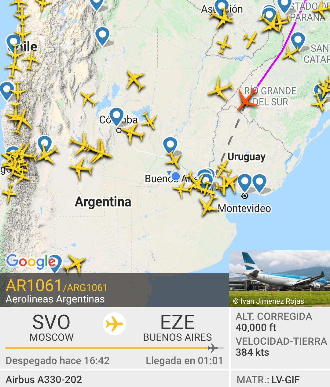 Llega a la Argentina el vuelo de Aerolíneas Argentinas con la vacuna Sputnik V 1