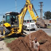 Realizan obras de agua y cloacas en los barrios de Pergamino 16