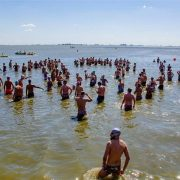 NATACIÓN: 27 nadadores pergaminenses participaron del Cruce Mediano de la Laguna de Gómez, en la ciudad de Junin. 11