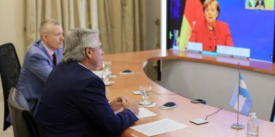 El Presidente dialogó con la canciller alemana Angela Merkel 5