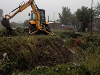 Limpieza de desagües y mejoramiento de accesos en diferentes puntos de la ciudad 2