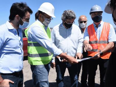 El ministro de Desarrollo Agrario recorrió las obras del Río Salado 15