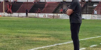 Gabriel Nasta renunció como DT de Douglas 10