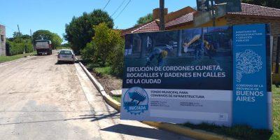 Se realizan más de 20 cuadras de cordón cuneta en barrios de la ciudad 10