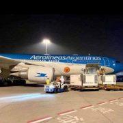 Arribó al país el vuelo de Aerolíneas Argentinas 5