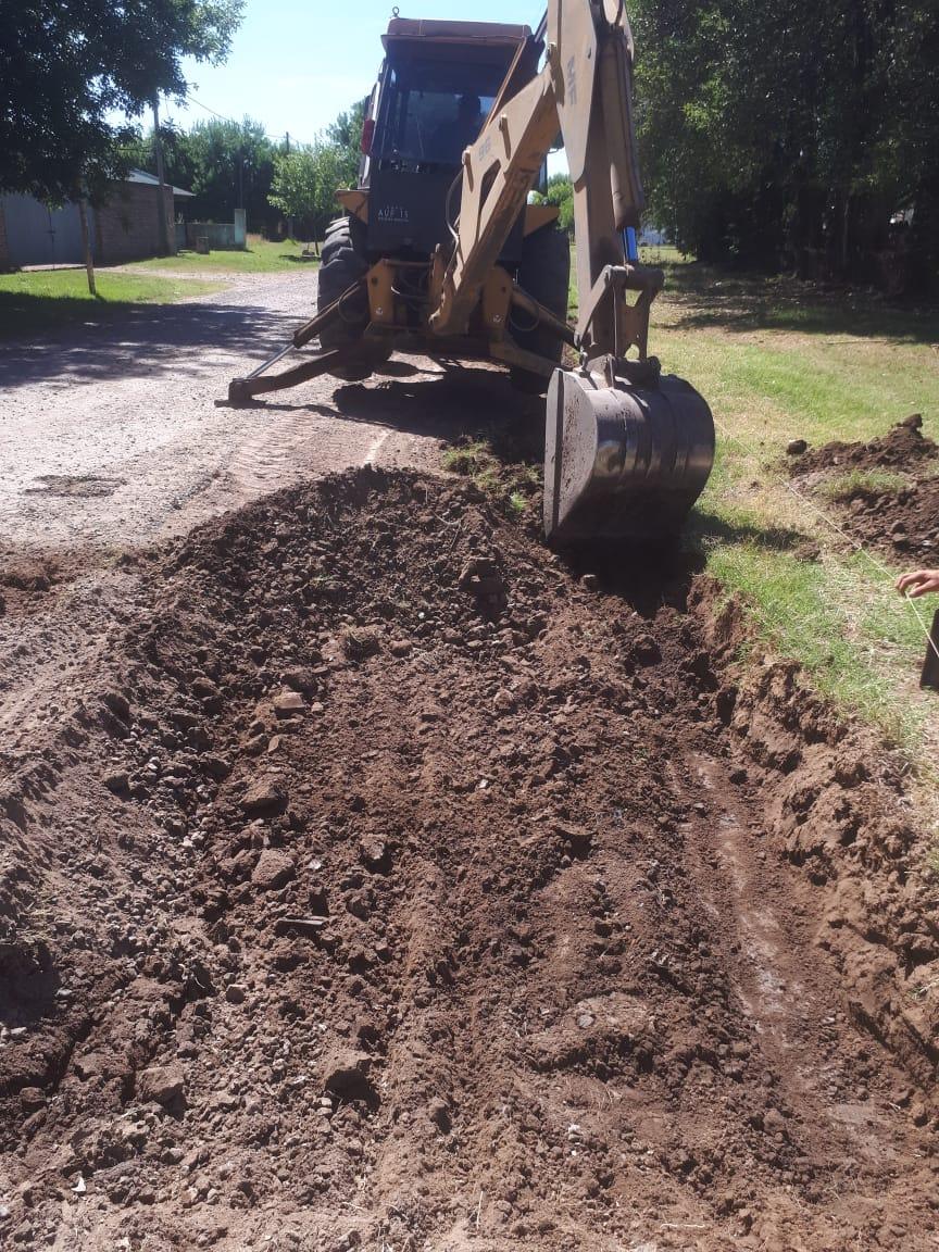 Acevedo completó cuatro manzanas de cordón cuneta y aguarda para nuevas obras en el pueblo 2