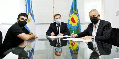 Alak firmó un convenio con Diputados para facilitar trámites de Personería Jurídica a organizaciones sociales 9