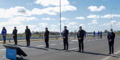Detalle de la palabra de los funcionarios en la inauguración de la variante de circunvalación de la autopista 6