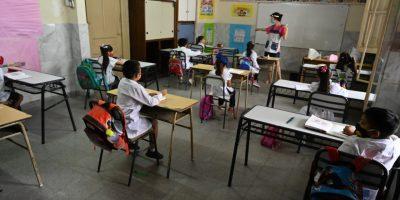 Comienza el retorno gradual a la presencialidad cuidada en las escuelas del AMBA 6
