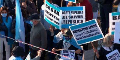 Masiva protesta contra el Gobierno en San Nicolás 9