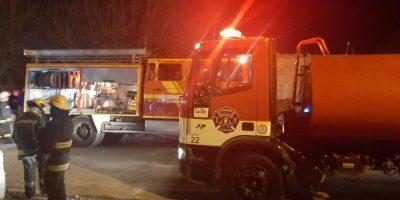 Se incendiaron 2 viviendas en Barrio Otero 12