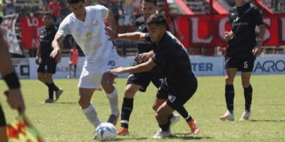Douglas empató sin goles frente a Central Norte 5