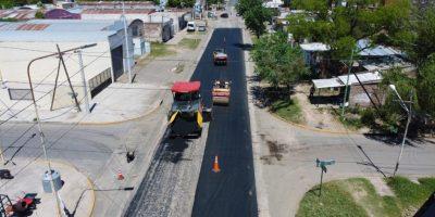Empezó la pavimentación de Barrancas del Paraná 8